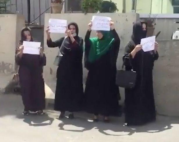 1_Brave-Afghan-women